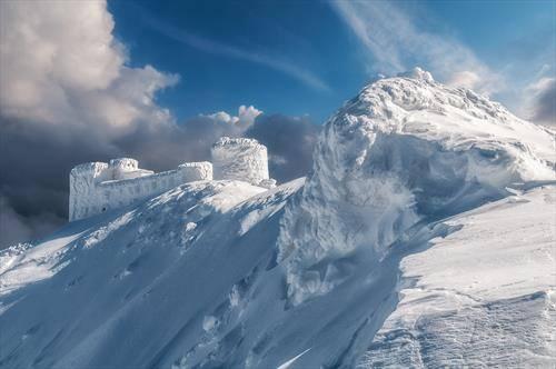 врвот Пип Иван Украина, во зима