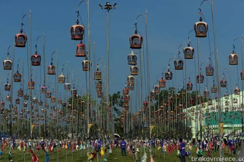натпревар на песнопојни птици во Тајланд