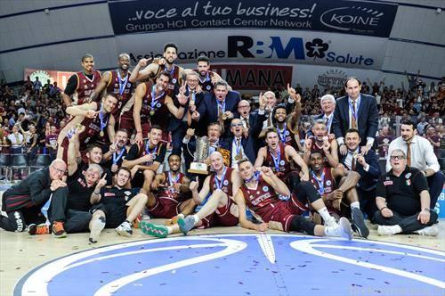 екипата на Венеција го освои кошаркарсака ФИБA куп