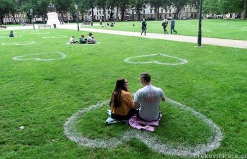 место за вљубени во парк во Брисел
