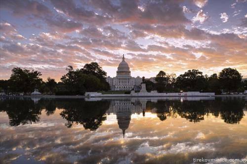 Белата куќа на изгрејсонце