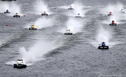 трка на чамци на Темза