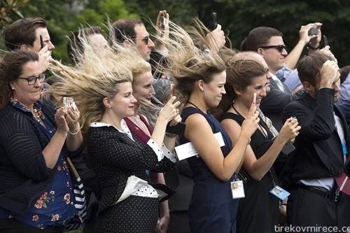 кога ветерот ќе дувне, на настан во САД