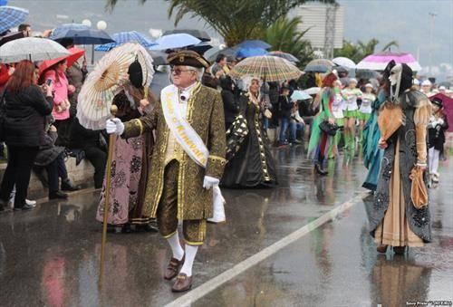 карневал во Котор