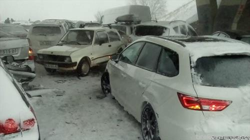 во верижен судир 40 коли настрадаа  близу Лесковац
