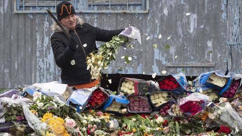 цвеќе се фрла оти не се купува, во санкт петерсбург