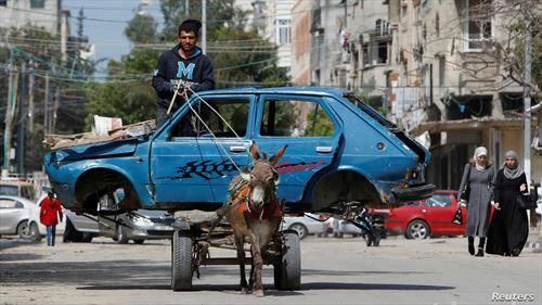 животот во Газа продолжува