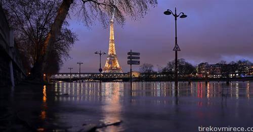 реката сена се изела во Париз