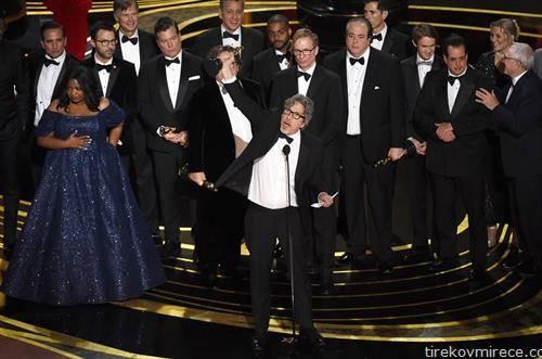оскарот за најдобар филм го доби зелената книга