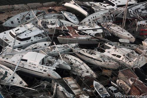 бродови по невреме во Холандија
