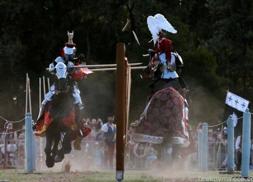средновековна борба, денес во Сиднеј