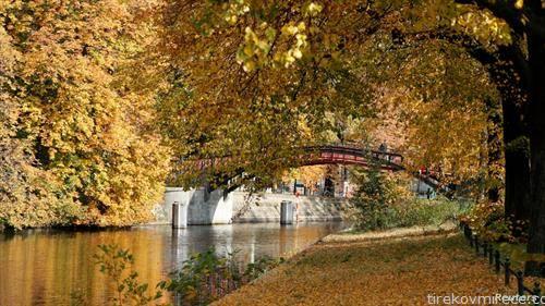 есен во Берлин
