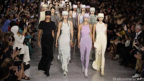 модна писта, колекција за пролет 2020, во Милано