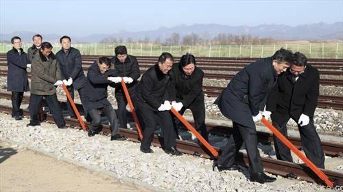 Јужна и Северна Кореја железнички се поврзаа