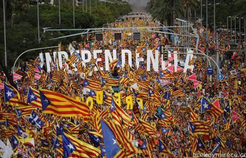 протест во Барселона - независноста нa Каталонија