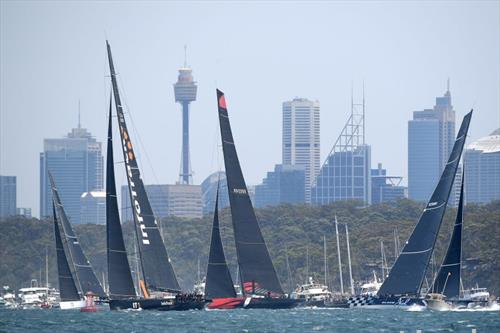 започна регатата од Сиднеј до Хобарт на Тасманија, со учество на 75 пловила
