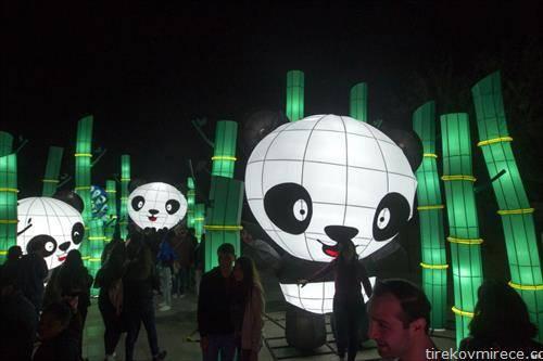 фестивал на светлото во Монтереј Мексико