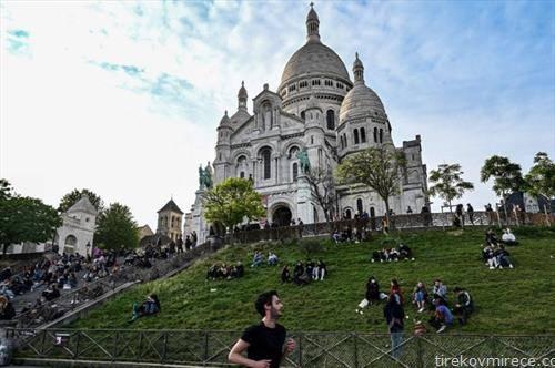 парижаните по ослабувањето на мерките за заштита од квоид19