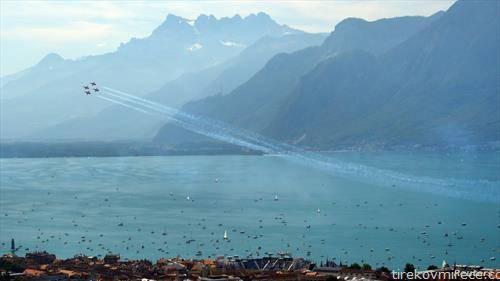лет на авијација на швајцарскиот ден на независноста