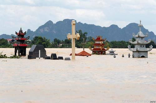 поплавени гробови во Ветнам