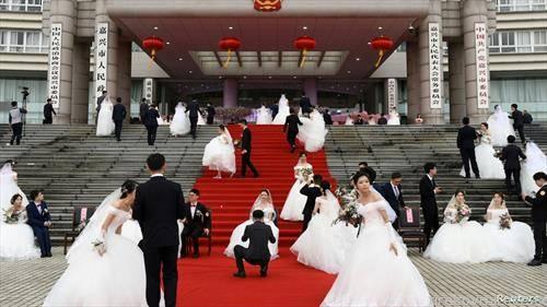 масовна венчавка во Кинески град