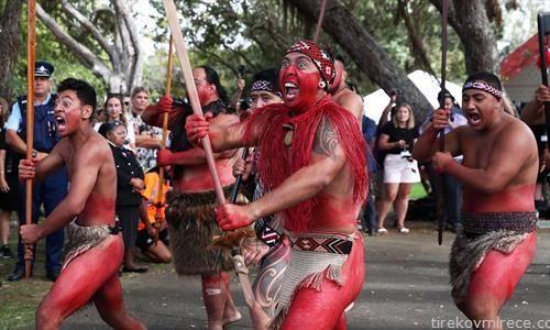 племето хака на денот на независноста на Нов зеланд