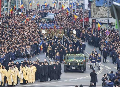 погребот на романскиот Крал Михаел кој почина во 94-та година  од животот ги собра кралските семејства од цела Европа