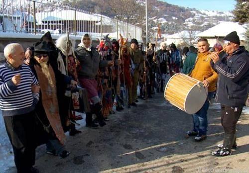 Џамаларите ја прославија Василица во Орашац, кумановско