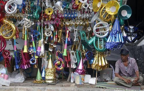 Новогодишни хартиени рогови во Џакарта, Индонезија,