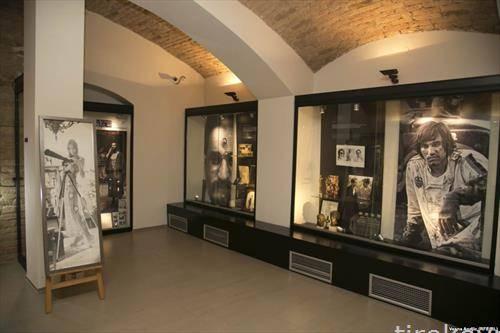 оставината на актерите Милена Дравиќ и Драган Николиќ посавена во музеј