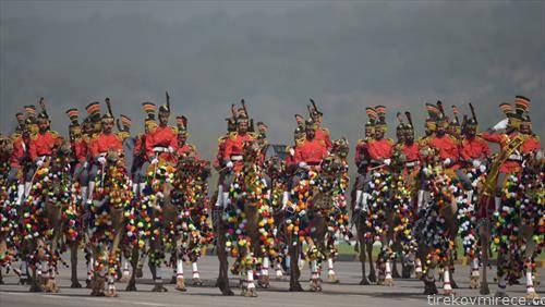 воена парада во Исламбад, Пакистан