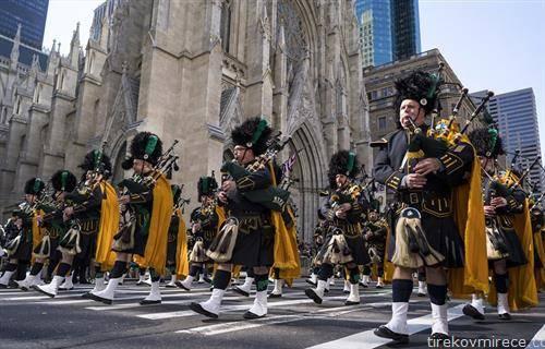 парада за ирскиот празник Св. Патрик во Њујорк