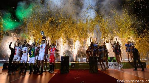 Одбојкарите на Цивитанова  и одбојкарките на Новара се прваци на Европа