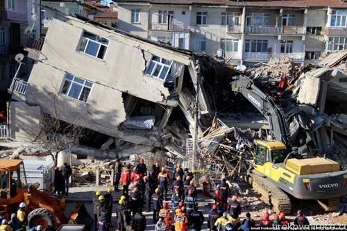земјотрес во Турција, повеќе од 20 починати