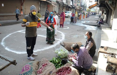 на пазар во индиски град