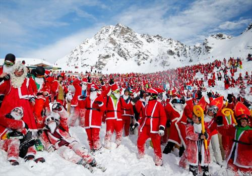 дедо мразови на собир во Швајцарија