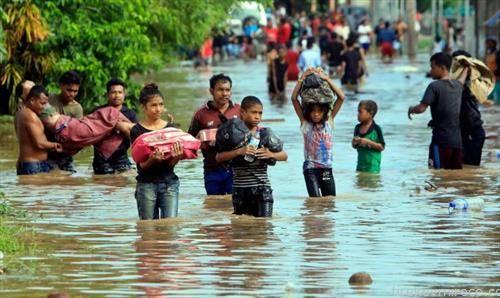 дождовите предизвикаа поплави во Источен Тимор