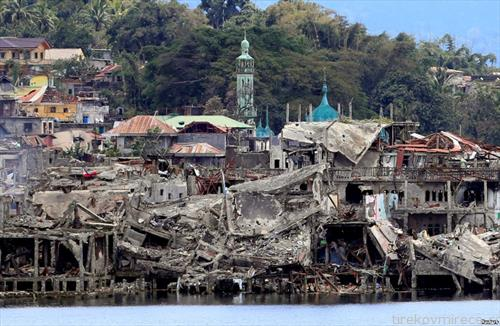 градот Марави во Филипините разрушен