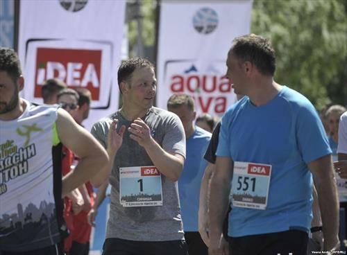 градоначалникот на Белград  Малик трчаше полумаратон