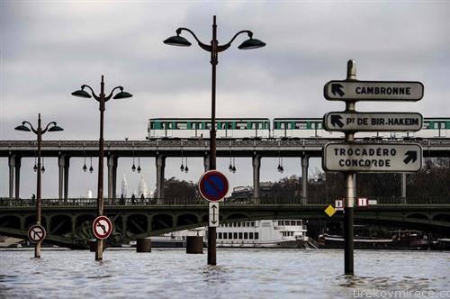кога реката Сена ќе поплави во Париз