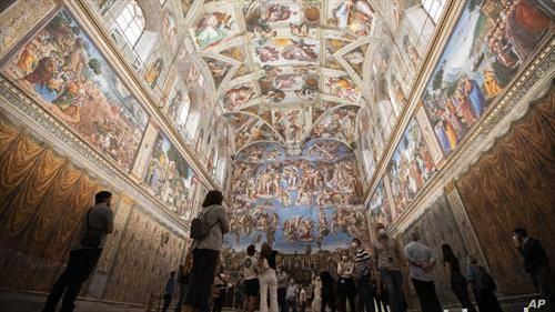 систинската капела повторно отворена за посетители