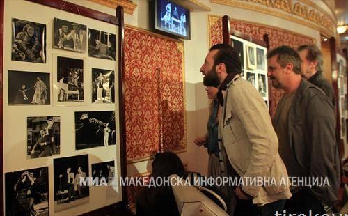 изложба по повод 73 години од постоењето на Македонскиот народен театар - Скопје