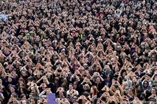 протест на жените за 8 март во Билбао Шпанија