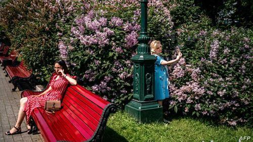 московјанки уживаат во пролетта