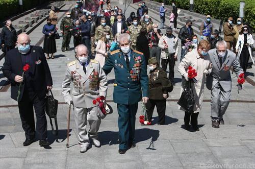украинските воени ветерани од втора светска војна на 75 годишнината од победата