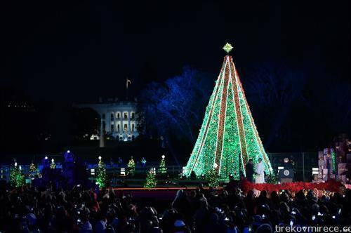 запалени светилките на божикното дрво во Белата куќа