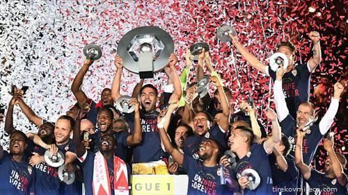 ПСЖ е првак нa Франција