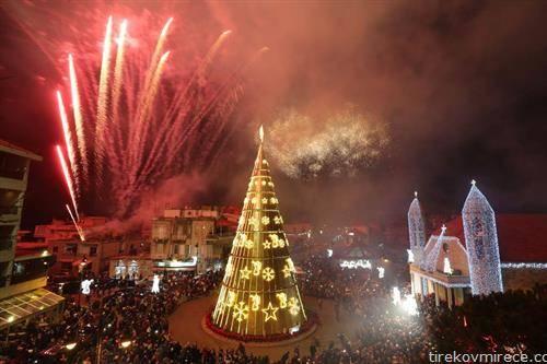 се постави божикната елка во Бејрут  Либан
