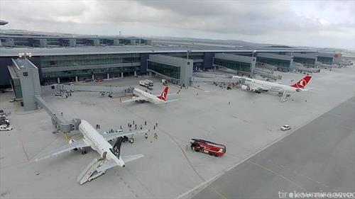 новиот аеродром во Истанбул, кој го носи епитетот најголем во светот