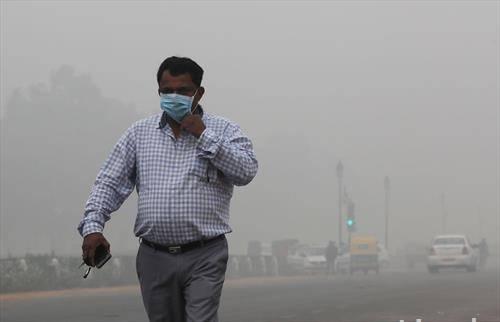 воздухот во Њу Делхи е екстремно високо загаден